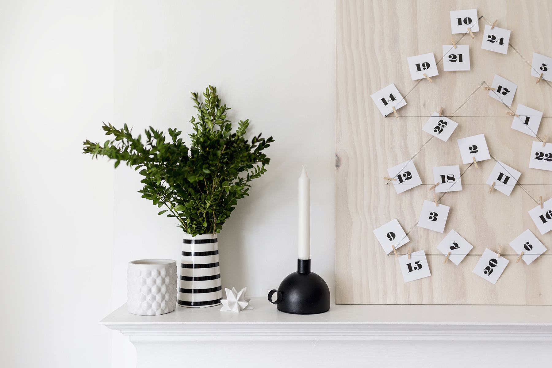 Diy Modern, Scandinavian Advent Calendar With Free Printable | Happy throughout Free Printable Blank Advent Activities List Minimal