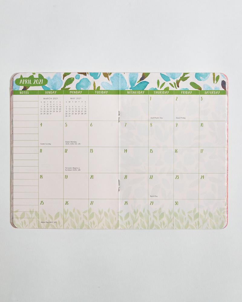 Bold Blossoms 2021 Monthly Pocket Planner in Free Hallmark Pocket Calendars