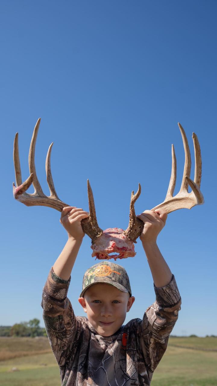 Central Camp Kentucky 2 Day 3 Night Rut Bow Hunt - Whitetail with Kentucky Rut 2021