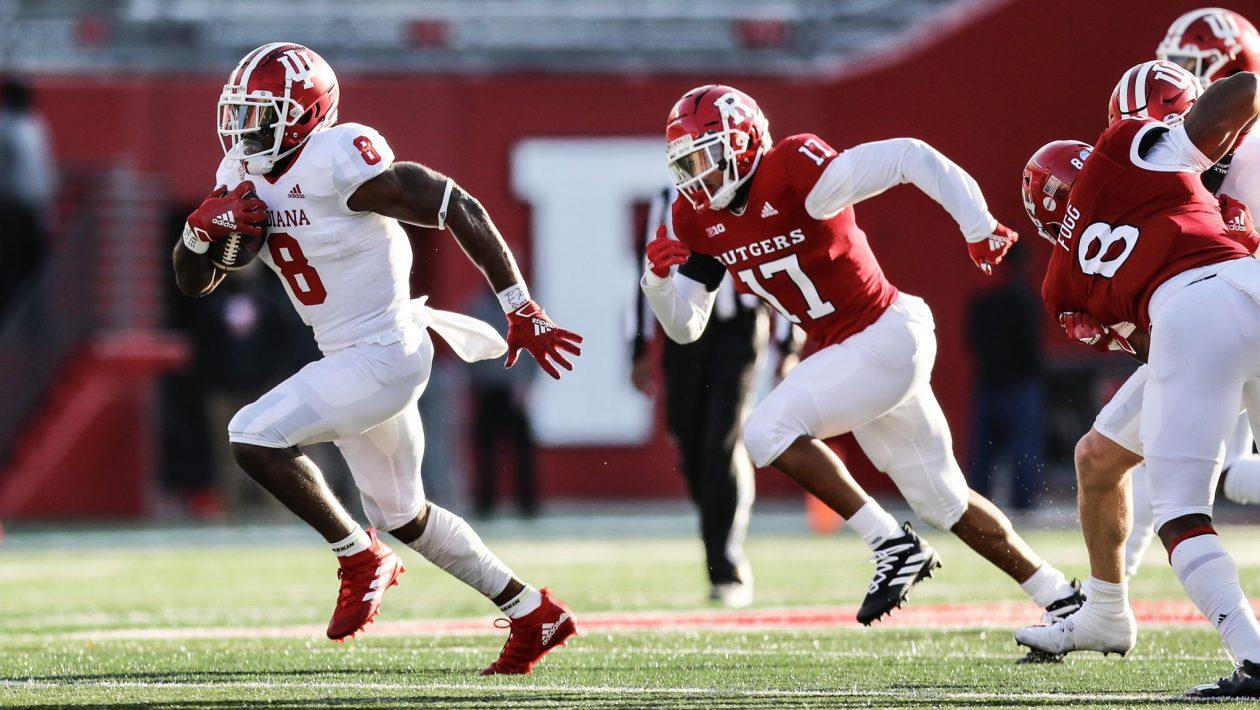 "No. 17 Indiana Overwhelms Rutgers, 37-21, Avoids ""Hangover"" regarding Rut Indiana 2021"