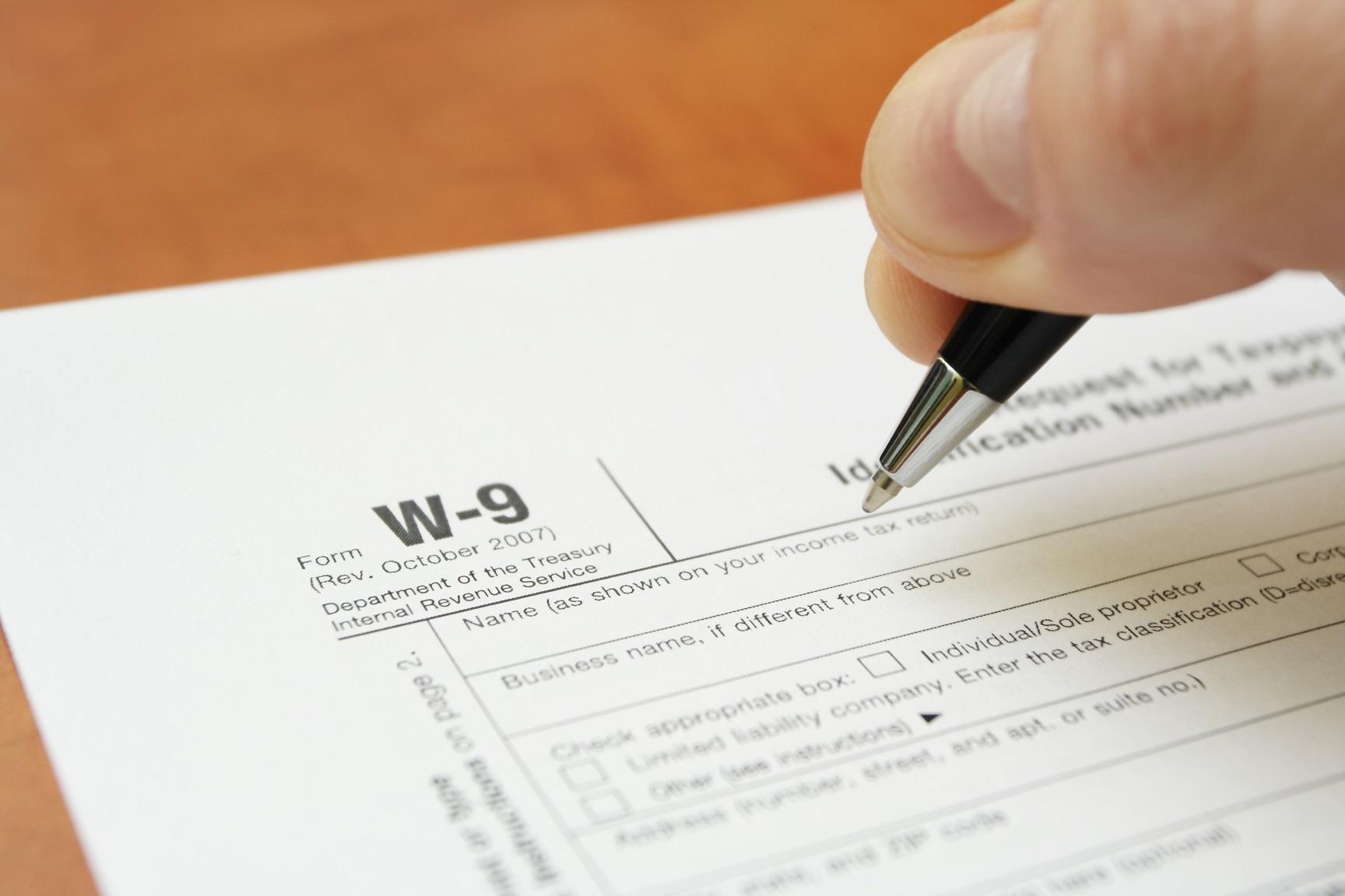 What Is A W-9 Tax Form? | H&R Block regarding Irs W9 Form 2021