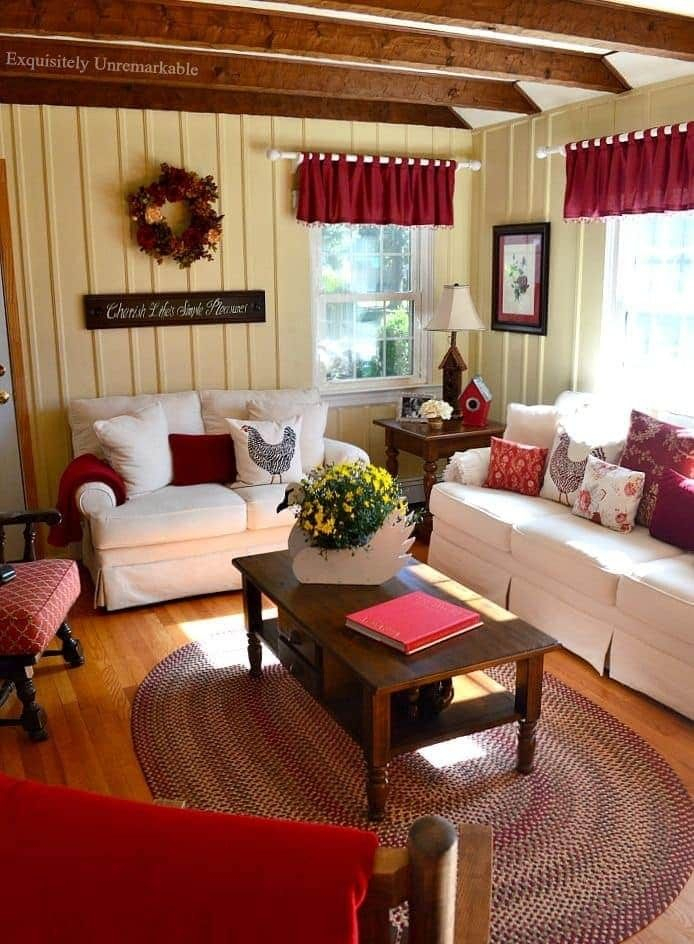Pinpatty Metcalf On Ruby Red   Farm House Living Room in The Cozy Red Cottage 2021