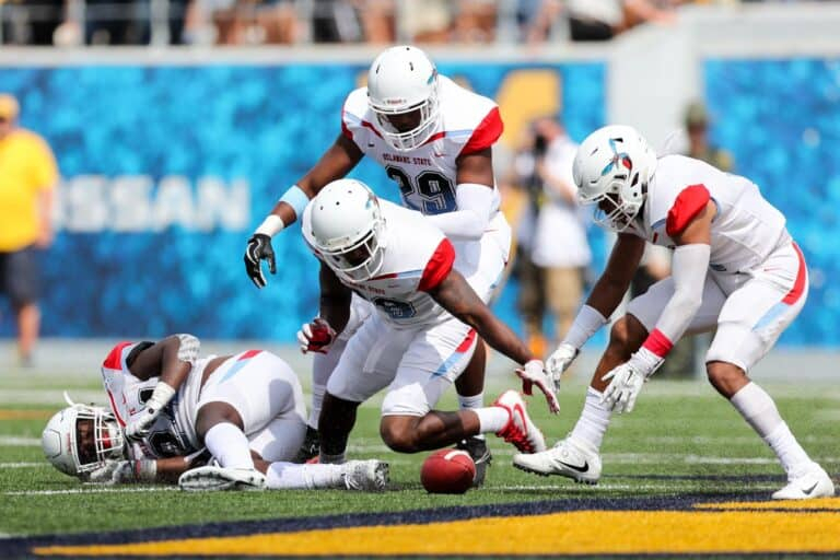 Delaware State, Etsu Schedule 2021-22 Home-And-Home for Tampa Bay Downs 2022 Schedule