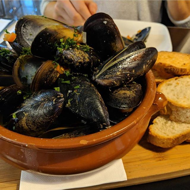 Do You Know Someone Who Likes Their Muscles? 💪🏻 Maybe They Could Try Our Yummy Mussels 😋 Photo for 4-5-4 Retail Calendar 2022