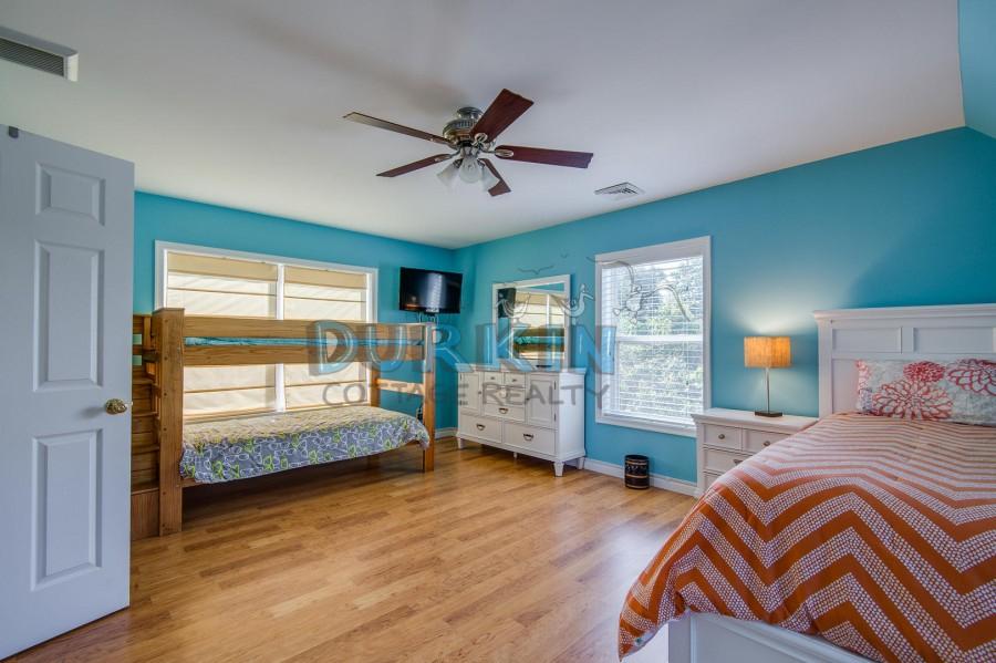 Durkin Cottage Realty | 10 Rhode Island Av regarding Uri Academic Calendar 2022