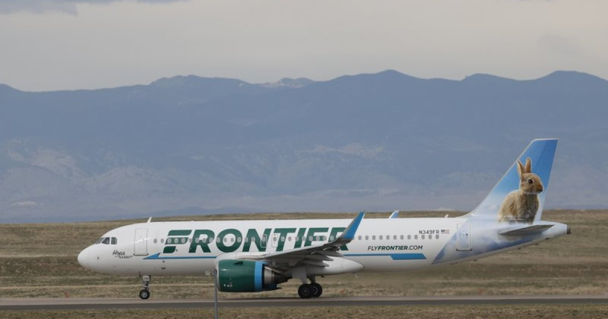 Frontier Airlines Will Drop Open-Seat Fee That Drew Attacks with Frontier Airlines Monthly Calendar