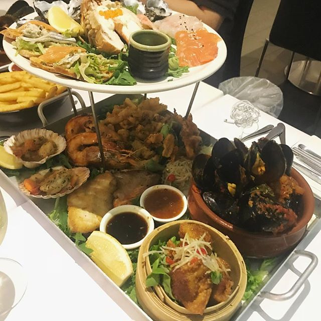 The Week Is Almost Over And We Know How You Should Be Celebrating 🙈 Seafood Platter Anyone? 😍 for 4-5-4 Retail Calendar 2022