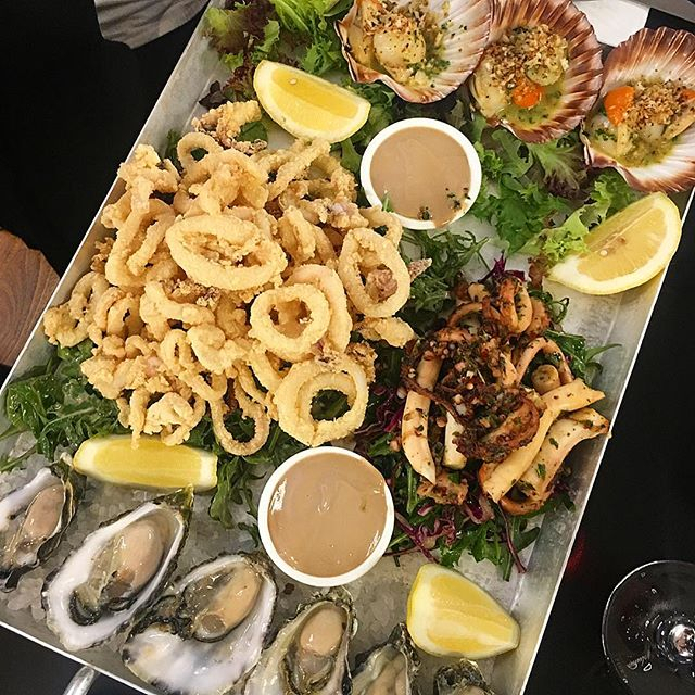 Who Would You Call Upon To Tackle This Seafood Spread? 😱 Photo Credit @Soph_Story - Richmond Oysters in 4-5-4 Retail Calendar 2022