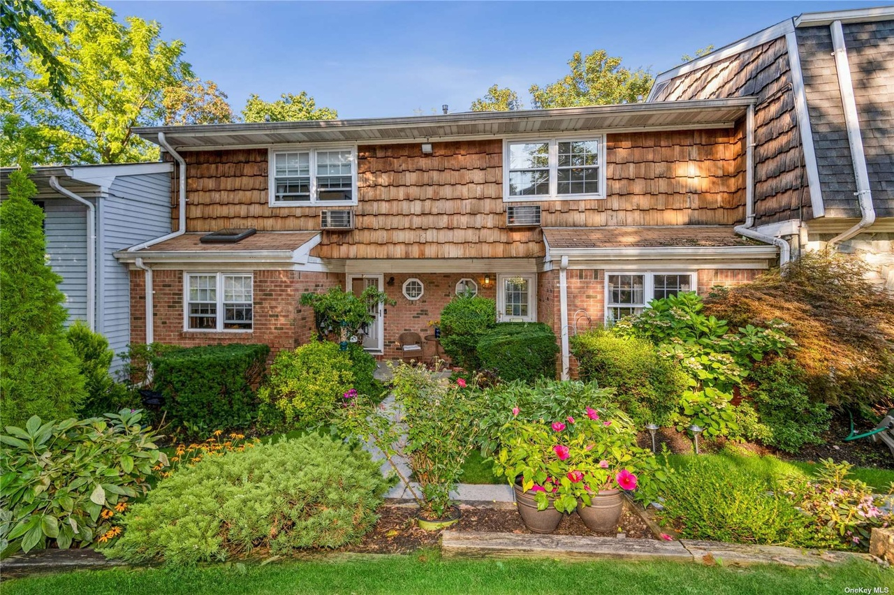7 Harbour Ln Unit 4A, Oyster Bay, Ny 11771 | Mls# 3343866 with Town Of Oyster Bay Sanitation Schedule 2022