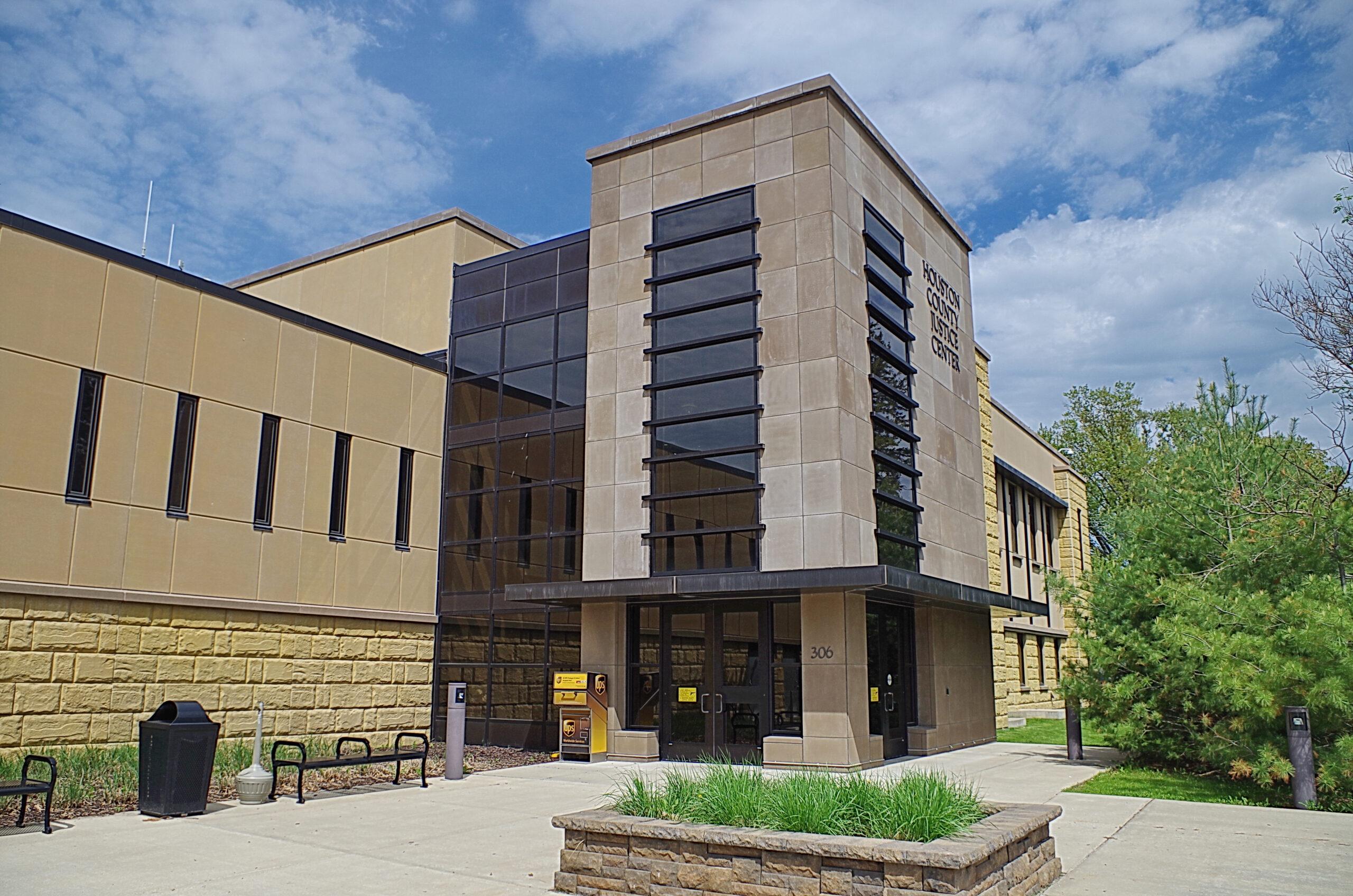 Houston County   Us Courthouses regarding Court Calendar For Washington County Minnesota